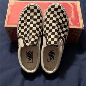 Vans checkered black and white slip-on